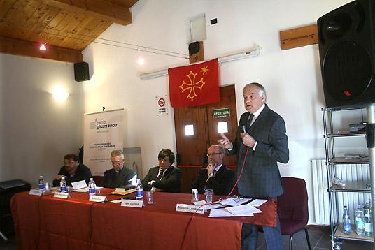 Samedi. Conférence : défendre les langues minoritaires